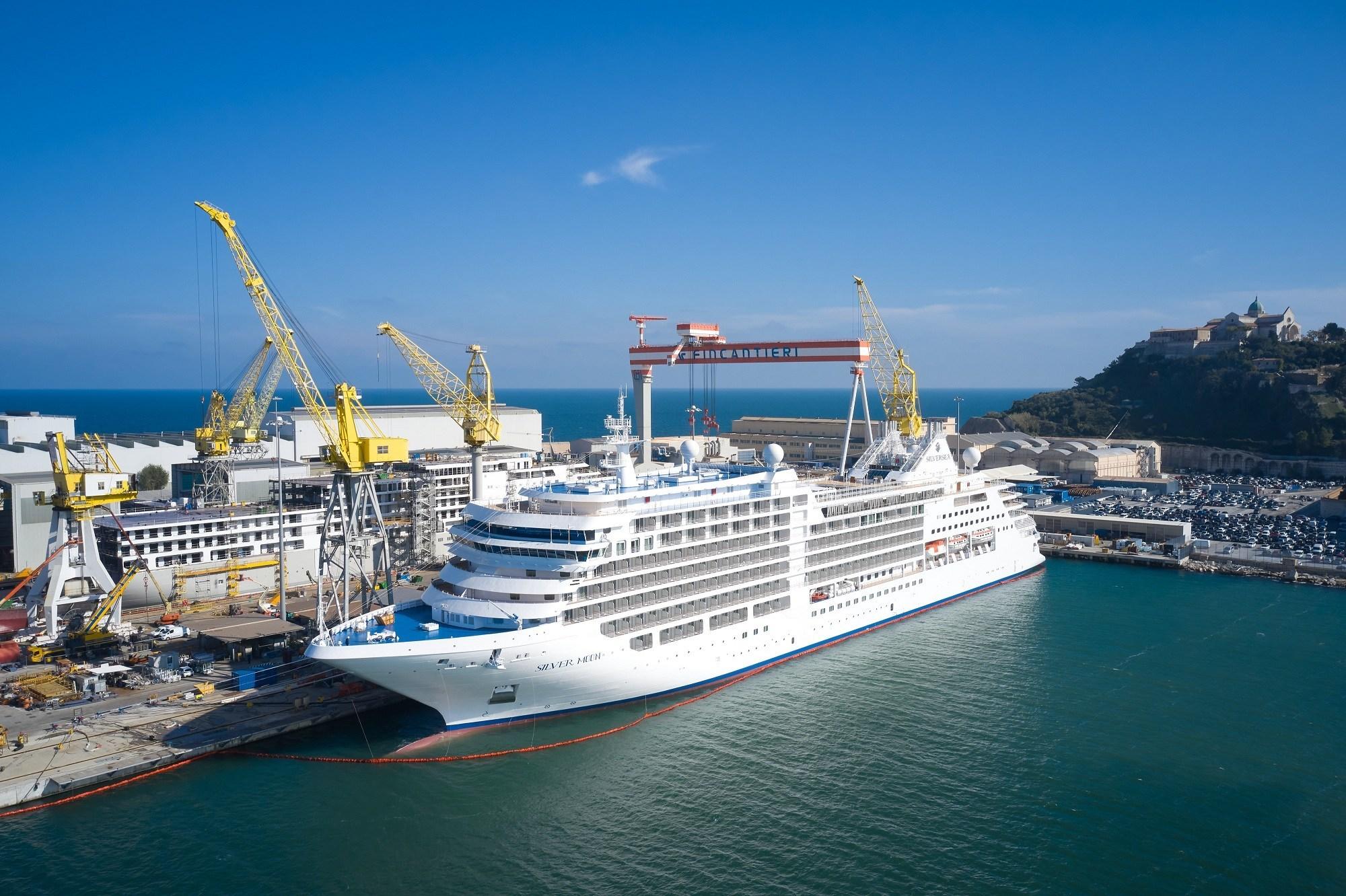 Silver Moon Cruise Ship